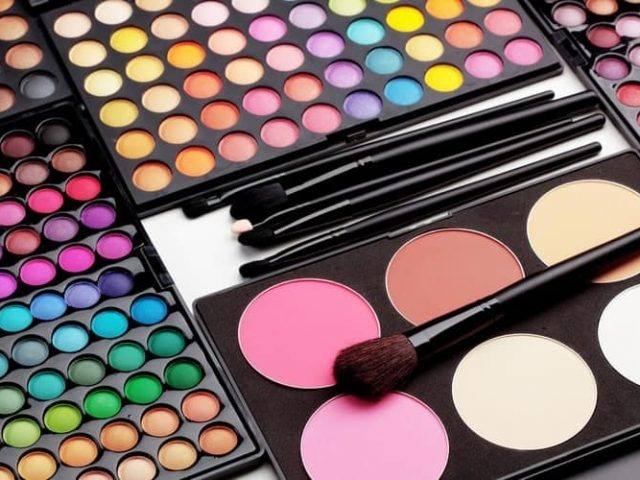 How to select a good cosmetics company
